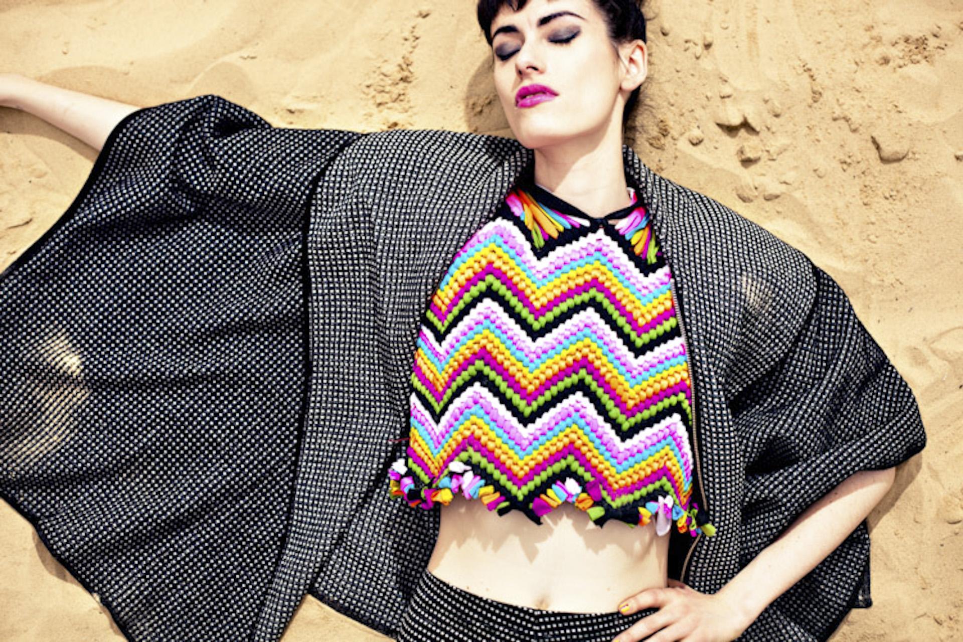 Fashion Nassrin Eder, Model Loca Charisma 03