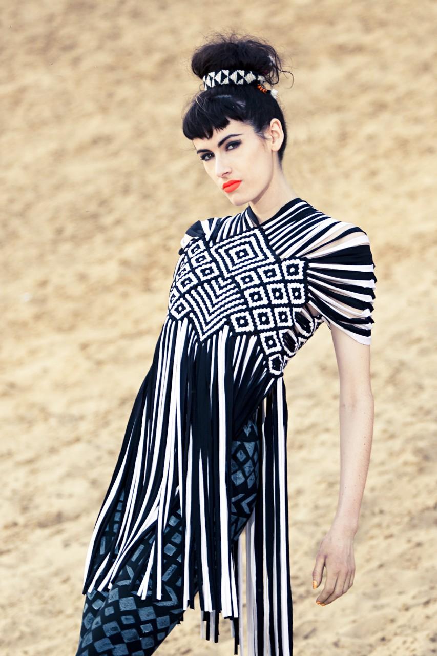 Fashion Nassrin Eder, Model Loca Charisma 09