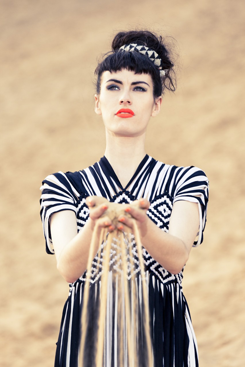 Fashion Nassrin Eder, Model Loca Charisma 10