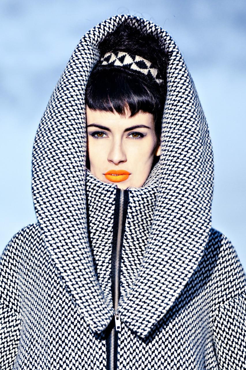 Fashion Nassrin Eder, Model Loca Charisma 14