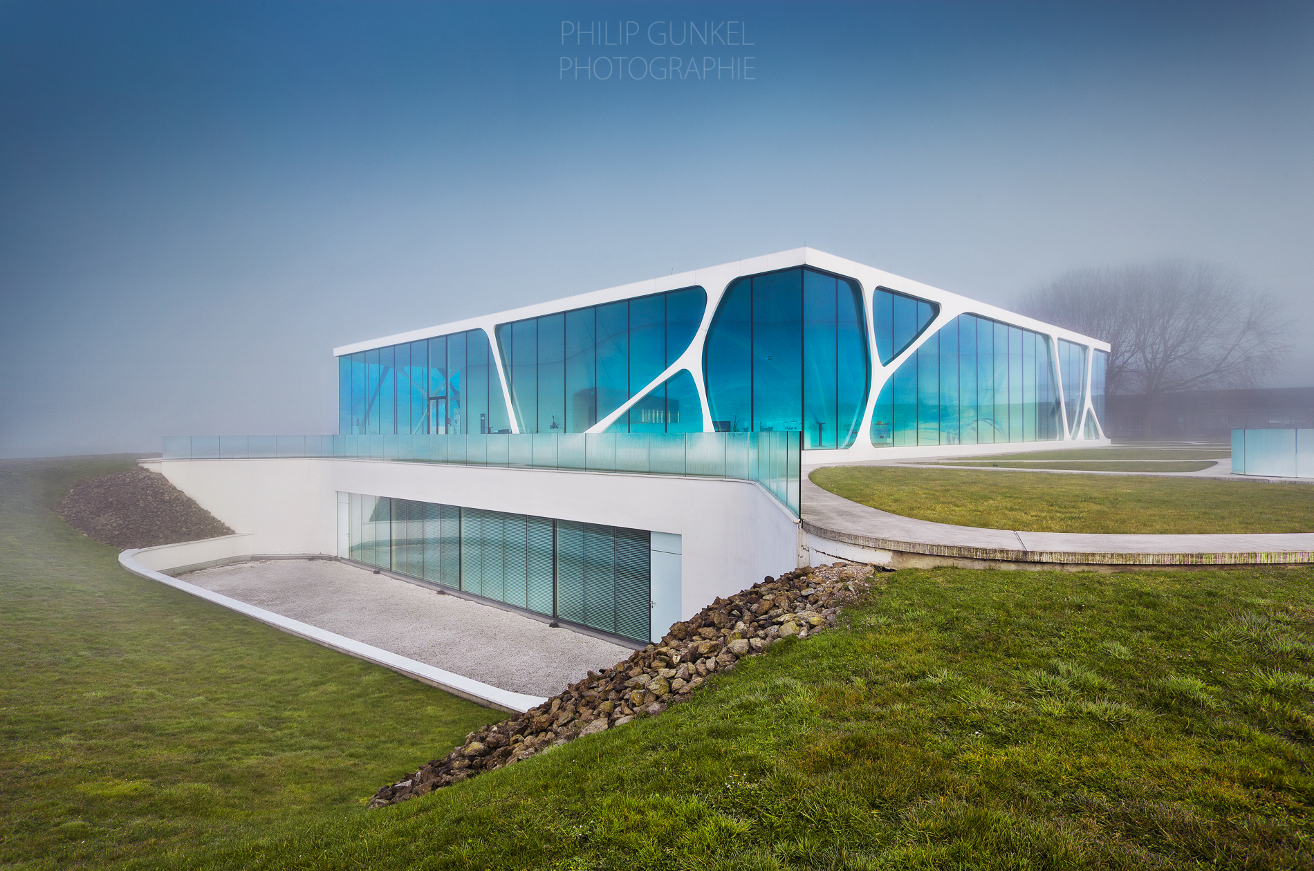 Glass Cube_ Philip_Gunkel_2015_02